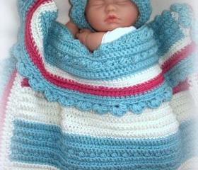 Tri color oversized crochet baby blanket and hat set