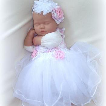 Baby girl 0 to 6 Months Crochet and Tulle Dress and Headband set